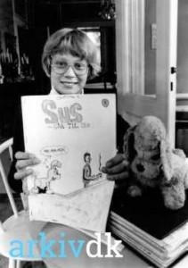 Christian Harlou, Vesterdalsvej 4, skoleelev der tegner tegneserie om hunden Sus.