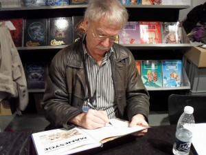 Hermann signerer på Art-Bubble 2011