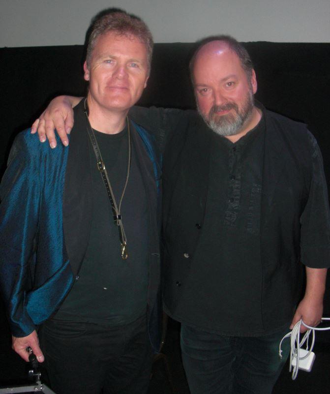 Iain Ballamy (tv) og Dave McKean efter deres 9 Lives optræden.
