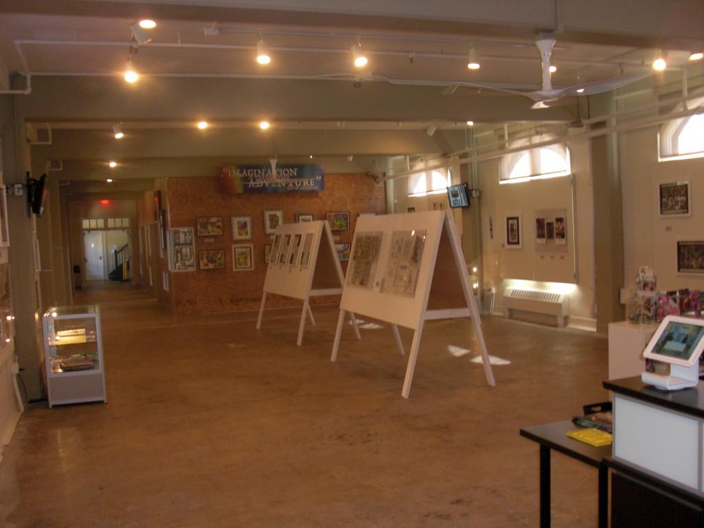 Kevin Eastmans udstilling holdt til gengæld ekstra ordinært åbent mandag efter messen, selvom mandag var normal lukkedag.