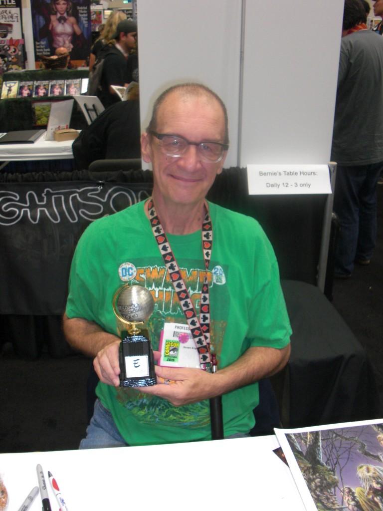 Bernie Wrightson blev sidste år medlem af Eisner Awards Hall of Fame, men var ikke selv tilstede pga. sygdom, hvilket han endu ikke er kommet sig helt over. Det blev der heldigvis rodet bod på i år, hvor han meget velfortjent fik sin Eisner Awards.